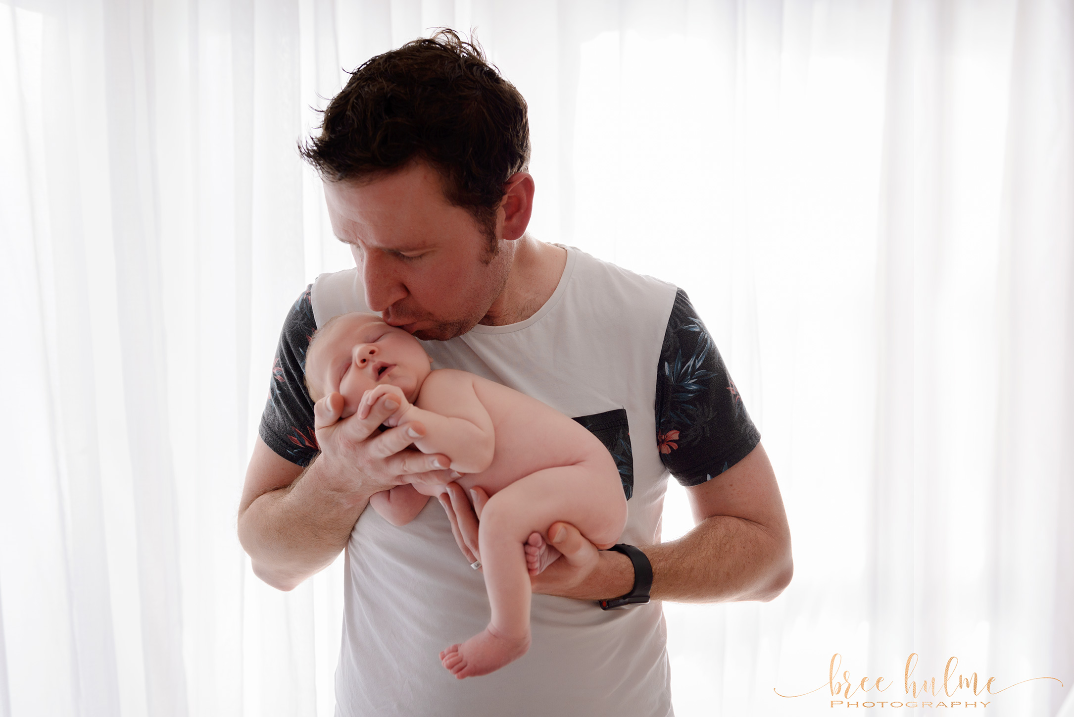 Stunning newborn portraits by Bree Hulme photography on Sydney's Northern Beaches and North Shore - Happy Father's Day