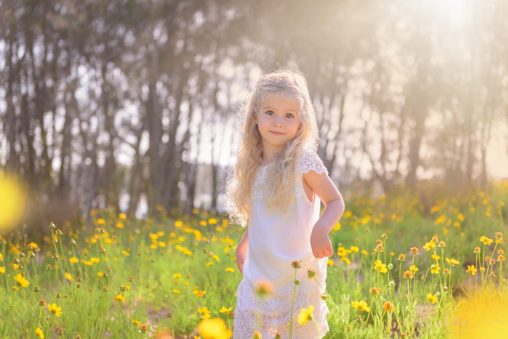 choosing outfits for little girls for family portraits bree hulme photography northern beaches sydney north shore