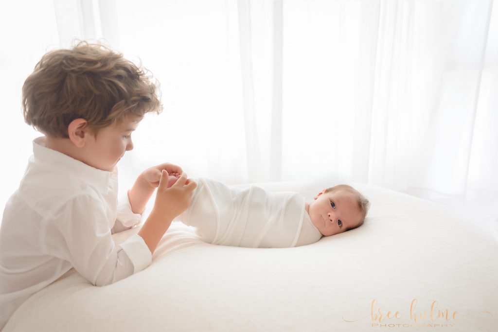 how to take photos of your newborn at home during covid-19 social distancing bree hulme photography newborn portrait photographer sydney northern beaches